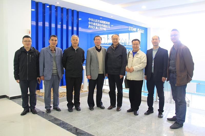 11月13日下午,由教育部专家南京邮电大学陈鹤鸣教授,教育部专家西北